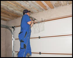 HighTech Garage Door Dyer, IN 219-210-4858